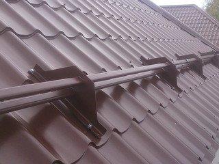Снегозадержатель трубчатый (3м) BORGE для Ferrara (400 мм) Цвет 8017 (коричневый) BUDMAT D - Matt